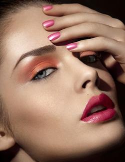 Makeup Tahira Herold